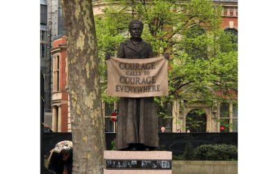 Today's Monument: Courage Calls to Courage, London, England