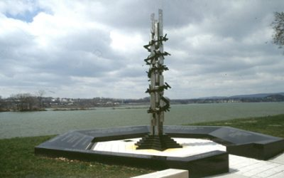 Monday's Monument: Holocaust Memorial, Harrisburg, Pennsylvania