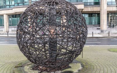 Monday's Monument: Universal Links on Human Rights, Dublin, Ireland