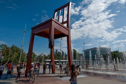 Monday's Monument: Broken Chair, Palais des Nations, Geneva, Switzerland