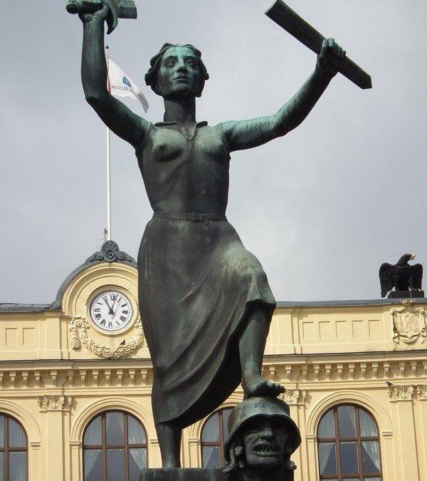 Monday's Monument: Fredsmonumentet, Karlstad, Sweden