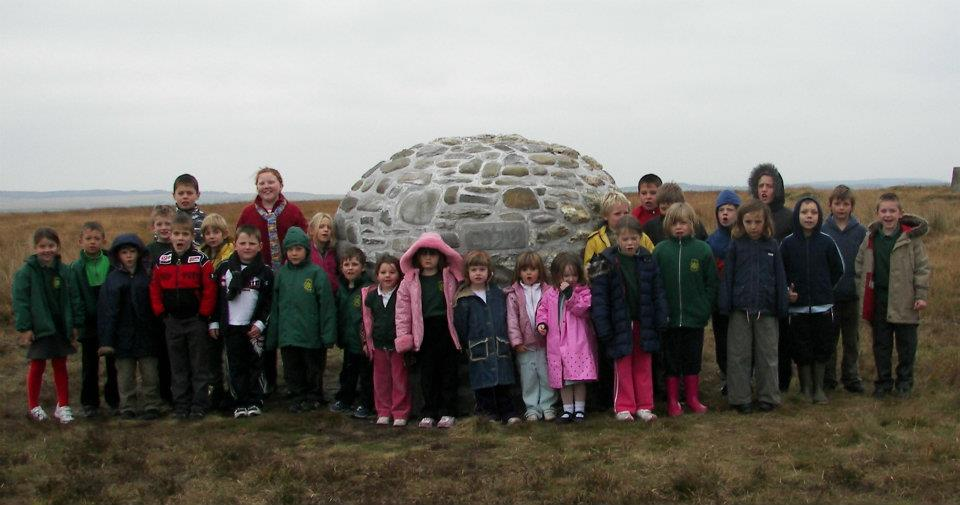 Monday's Monument: Carn Heddwch, Mynydd Llanfihangel Rhos y Corn, Wales